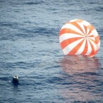 SpaceX Dragon Spacecraft Ocean Landing