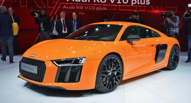 audi-r8-v10-orange-geneva
