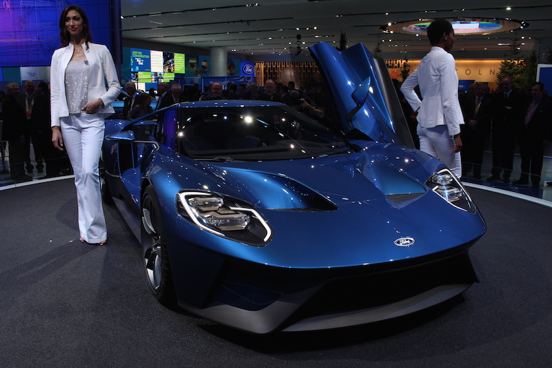 Ford Reveals 600-hp GT at Detroit Auto Show