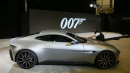 James Bond to Drive DB10 in Spectre