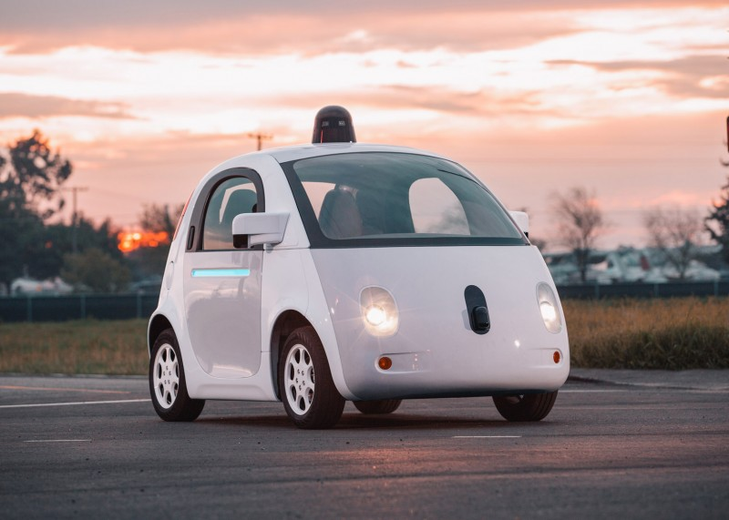 Google's Self-Driving System Officially Qualifies as a US Driver