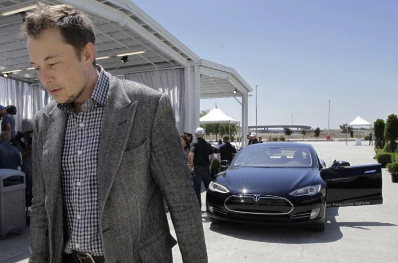 Tesla Labor Woes, Simplifying Attribution, 6 Tips to Hit a Home Run with Your Brand Story
